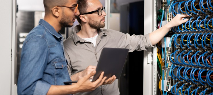 WWWorks Managed Service Provider service technicians managing a client